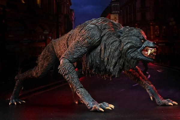 Neca: An American Werewolf in London - Ultimate Kessler Werewolf 7-Inch Action Figurev