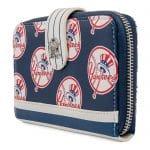 Loungefly MLB NY Yankees Logo Wallet
