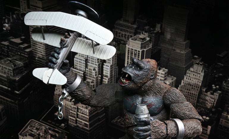 NECA: King Kong – King Kong with Shackles and Plane, The Empire State Building Battle Scene Action Figure
