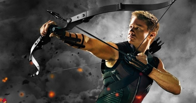 Hawkeye Series Gets Premiere Date Revealed (And 1st Photo!)