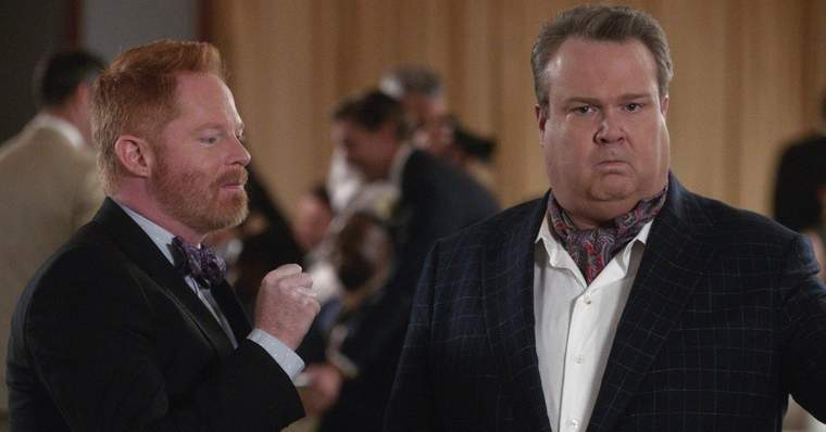 Modern Family 15 Best Episodes Ranked - I Don't Know How She Does It (Season 7, Episode 15)