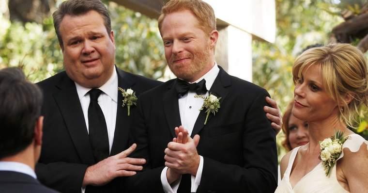 Modern Family 15 Best Episodes Ranked - The Wedding - Part 2 (Season 5, Episode 24)